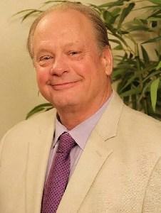 Dale Davidson Headshot