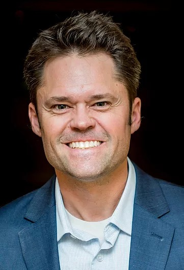 Justin Osmond Headshot